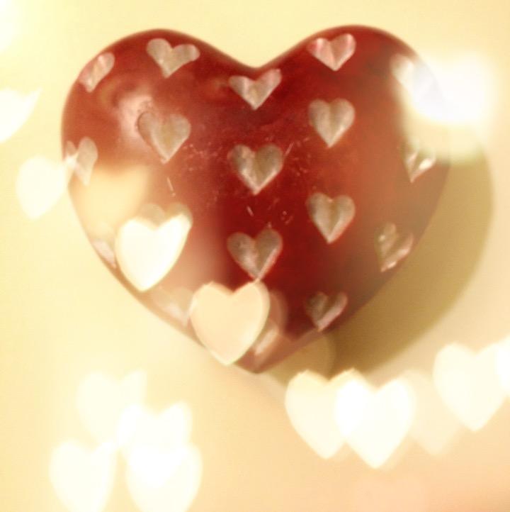 heart stone bokeh lights